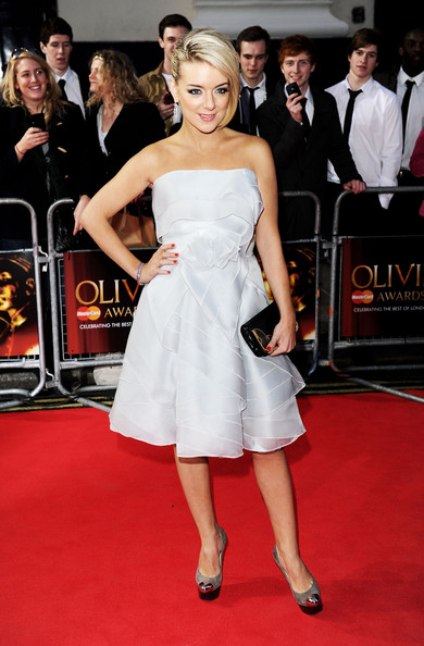 Sheridan+Smith+Olivier+Awards+2011+Arrivals+Bse1ksDIvQtl